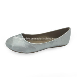 Children′s Ballet Flat Shoes with PU Material pictures & photos