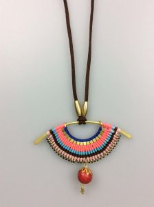 Imitation Jewelry Necklace for Women Fashion Accessory Girls Necklace pictures & photos