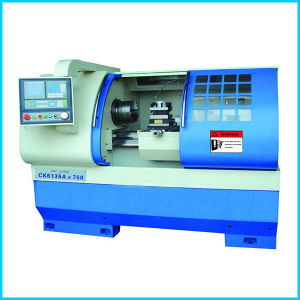 Horizontal Flat Bed High Precision CNC Lathe pictures & photos