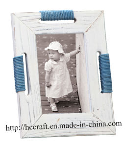New Sea Wooden Photo Picture Frame pictures & photos
