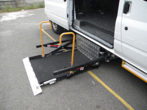 CE Electrical & Hydraulic Wheelchair Lift (WL-UVL-700-S-1090) pictures & photos