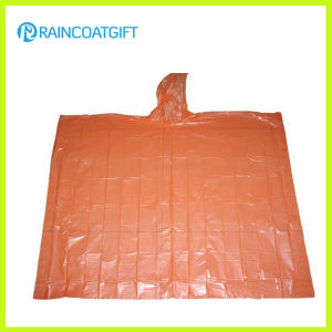 Clear Hooded Polyethylene Cheap Disposable Rain Poncho Rpe-032 pictures & photos
