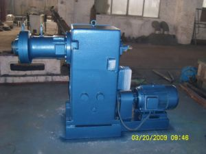 Hot Feeding Extruder for Extruding and Moulding Rubber Materials pictures & photos
