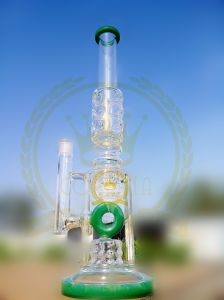 Blue Color Glass Water Pipe with Color Spots Shower Head Perc for Smoking pictures & photos