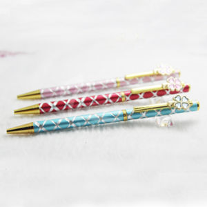 Slim Stylish Metal Gift Pen with Pretty Clip Design pictures & photos