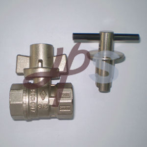 Plated Nickel Brass Lockable Ball Valve with Key pictures & photos