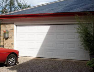 Automatic Sectional Garage Door pictures & photos