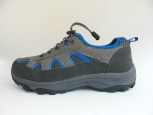 Man′s Outdoor Shoe pictures & photos