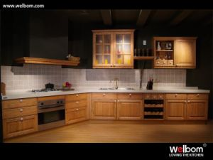 2015 [ Welbom ] Red Oak European Style Kitchen Cabinet pictures & photos