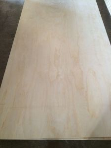 Factory-Pine Veneer MDF in 2mm-18mm pictures & photos