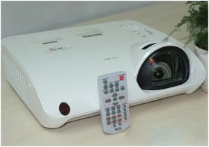 Short Throw Interactive Projector (LX645Wi)