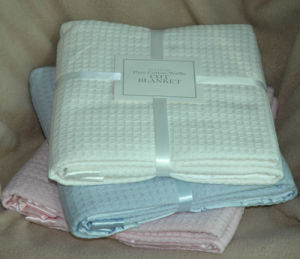 100% Cotton Waffle Baby Blanket pictures & photos