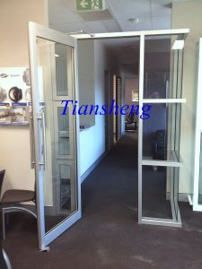 Customized Frameless Glass Spring Door, Frameless Folding Door, Frameless Glass Folding Sliding Door pictures & photos