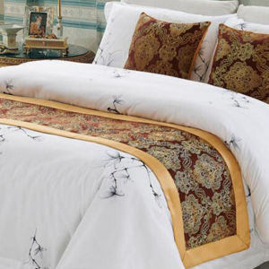 100% Polyester Bed Runner (DPH7785) pictures & photos