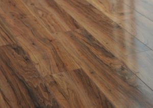 China high gloss hdf 8mm laminate flooring high quality for High quality laminate flooring