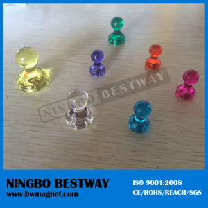 Popular Lapel Transparent Magnetic Pins Badges pictures & photos