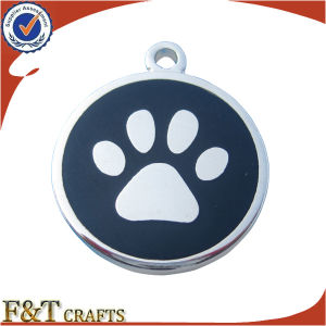 Top Quality Latest Fashion Lovely Bone Shaped Metal Dog Tag with Keyring (FTDT2024A) pictures & photos