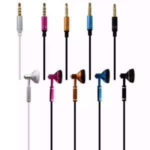 Metal Earlap and High Bass Boost Earphone for Mobile Phone pictures & photos