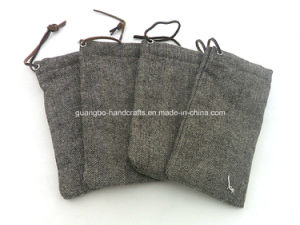 Fashion Design Eyeglass Pouch Glasses Pouch pictures & photos