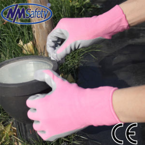 Nmsafety Colorful Liner Coated Nitrile Garden Safety Work Glove pictures & photos
