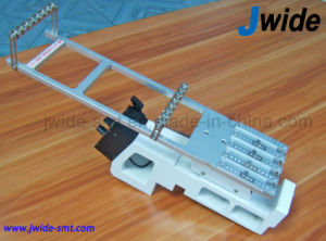 Samsung Sm SMT Vibratory Feeder for PCB Assembly Line pictures & photos