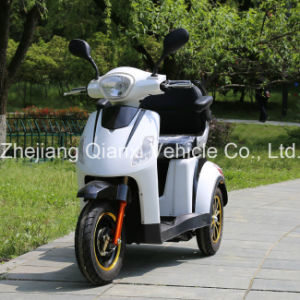 Large Power Disable E Scooter pictures & photos
