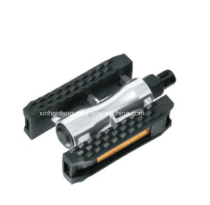 Low Price Aluminum Bicycle Pedal for Mountain Bike (HPD-026) pictures & photos