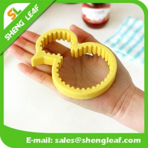 New Design Rubber Grip Silicone Bottle Opener pictures & photos