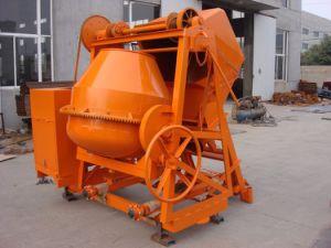 Diesel Engine Self Loading Concrete Mixer pictures & photos