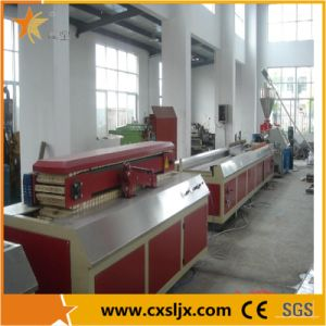 Plastic Machine Wood Plastic Profile Extruding Machine pictures & photos