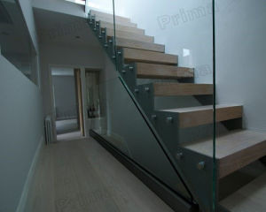 Stainless Steel Glass Railing Fit on Stairs / Tempered Glass Balustrade for Staircase pictures & photos