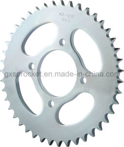 Sprocket Rear Motorcycle Suzuki En150j pictures & photos