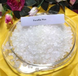Good Plasticity Cosmetic Grade Solid Paraffin Wax pictures & photos