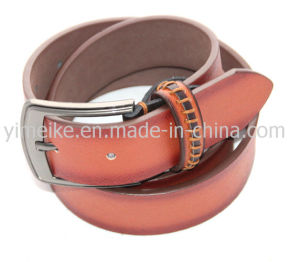Fashion Style Cheap Price Wholesale Embossed Logo Man′s PU Belt pictures & photos