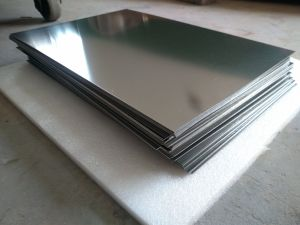 High Purity and High Density Molybdenum Sheet, Molybdenum Foil pictures & photos