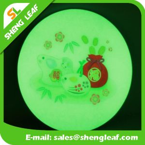 High Quality Fashion LED Custom Acrylic Coaster (SLF-LC010) pictures & photos