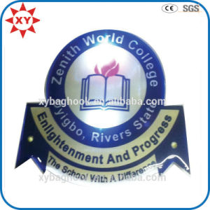 Wholesale Free Mold Enamel Personalized LED Embroidery School Badge pictures & photos