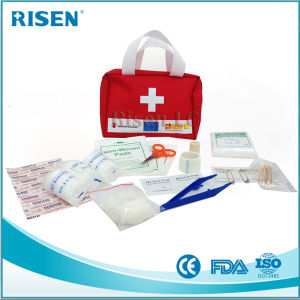 Medical Travel First Aid Kit Bag with FDA Approved pictures & photos