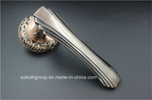 Sn Nice Design Zinc Alloy Door Handle pictures & photos