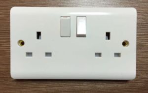 2015 New Design Double 13A Wall Socket with on/off Switch pictures & photos