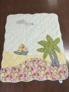 Hawaii Style Quilt for Baby Girl with Cute Patchwork pictures & photos
