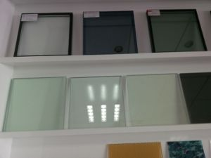 4mm-19mm Clear / Colored Flat / Bent Toughened Glass with CE / ISO9001 / CCC pictures & photos