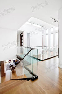 Glass Balustrade / Aluminum Glass Railing / Solid Wood Handrail pictures & photos