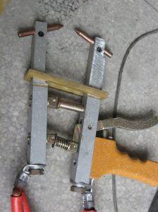 Portable Spot Welding Machine Handheld Spot Welder Small Spot Welder pictures & photos