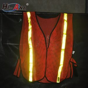 Familiar in OEM ODM Factory High Intensity Reflective Safety Vest pictures & photos