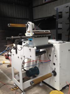 Die Cutting and Slitting Machine Two Shafts Interchange pictures & photos