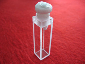 Standard Quartz Cuvette Quartz Cell with Lid pictures & photos