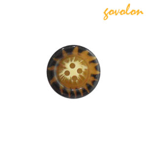 Coconut Shell 4-Holes Button pictures & photos