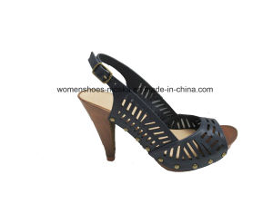 New Hot Lady Fashion Women High Heel Sandals with Peep Toe pictures & photos