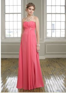 Coral Chiffon Strapless Beautiful Bridesmaid Gowns (BD3018) pictures & photos